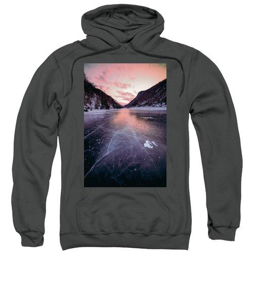 Cascade Ice Sweatshirt
