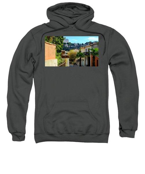 Cassis La Belle Sweatshirt