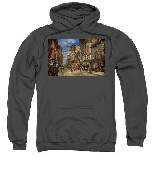 City - Providence Ri - Living In The City 1906 Sweatshirt
