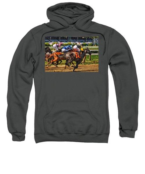 Close Running Sweatshirt