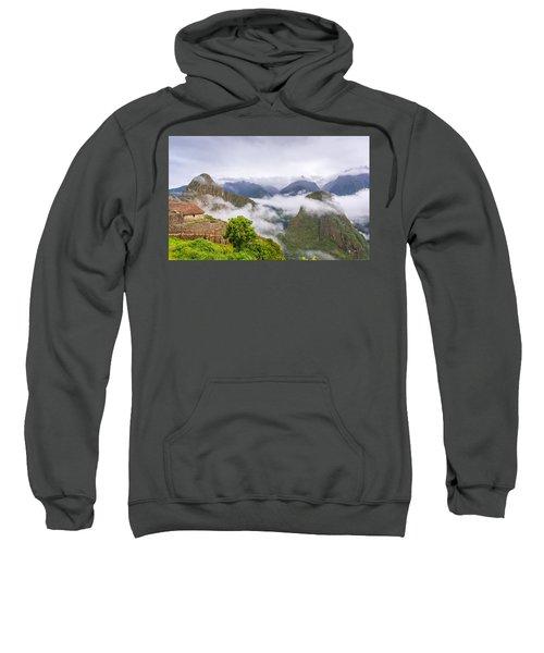 Cloudy Mountains. Sweatshirt
