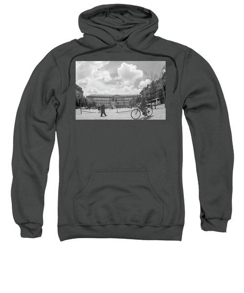 Cross Look Sweatshirt