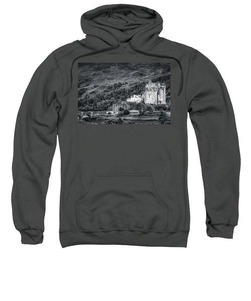 Eilean Donan Castle, Dornie, Kyle Of Lochalsh, Isle Of Skye, Scotland, Uk Sweatshirt