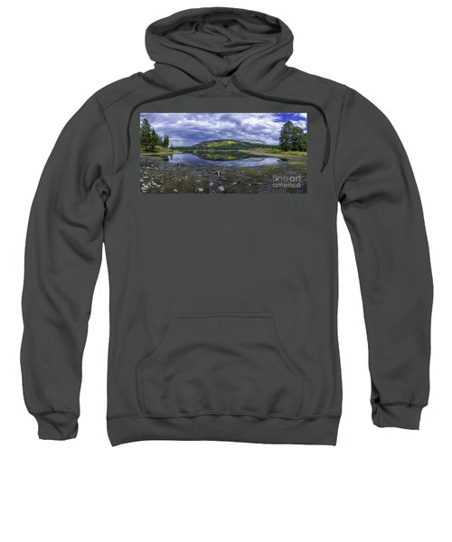 Goose Pasture Tarn Sweatshirt