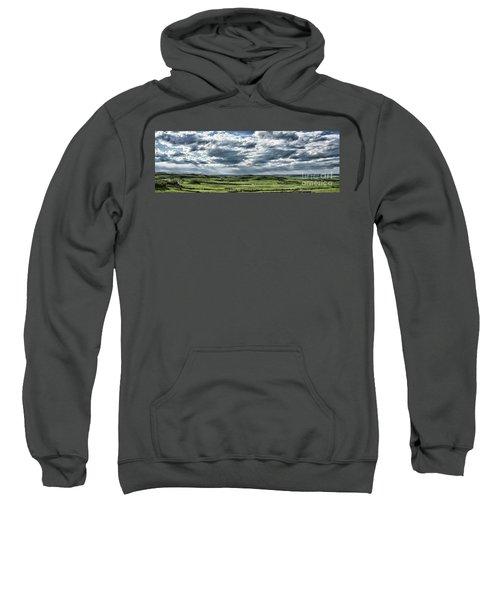 Magnetic View Sweatshirt
