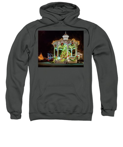 Medina, Ohio Christmas On The Square. Sweatshirt