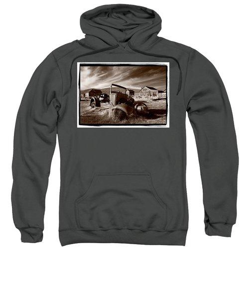 Model A Bodie Sweatshirt