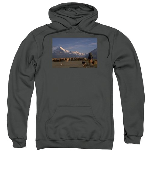 New Zealand Mt Cook Sweatshirt