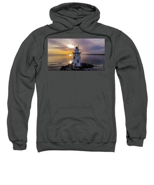 Old Saybrook Outer Light Sweatshirt