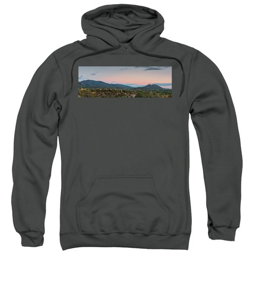 Panorama Of Santa Fe Sangre De Cristo Mountains - New Mexico Land Of Enchantment Sweatshirt