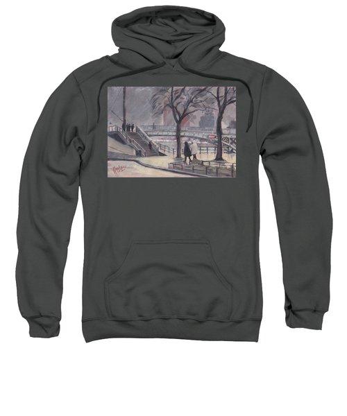 Pluie Sur Le Pont Passarelle Liege Sweatshirt