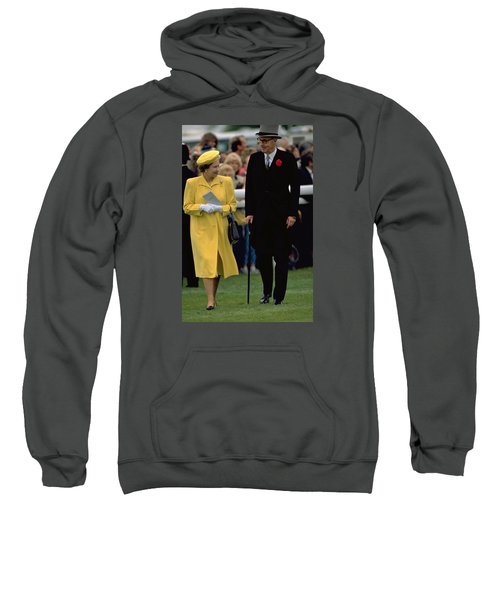 Queen Elizabeth Inspects The Horses Sweatshirt