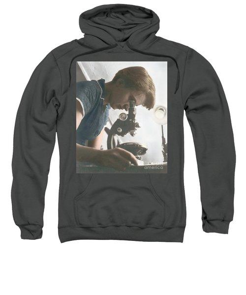 Rosalind Franklin, Crystallographer Sweatshirt