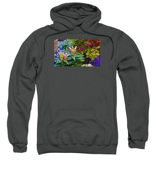 Spring Show 15 Lilies Sweatshirt