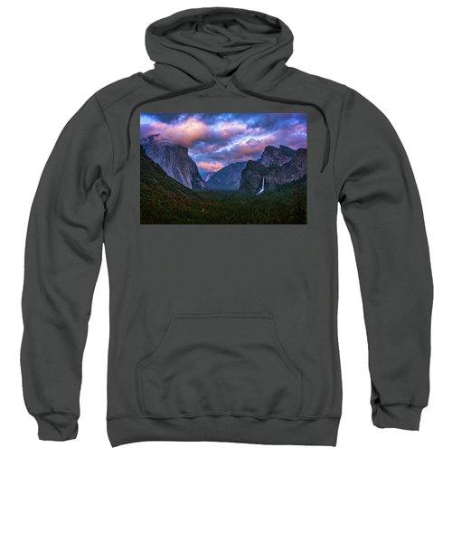 Spring Sunset At Yosemite's Tunnel View Sweatshirt
