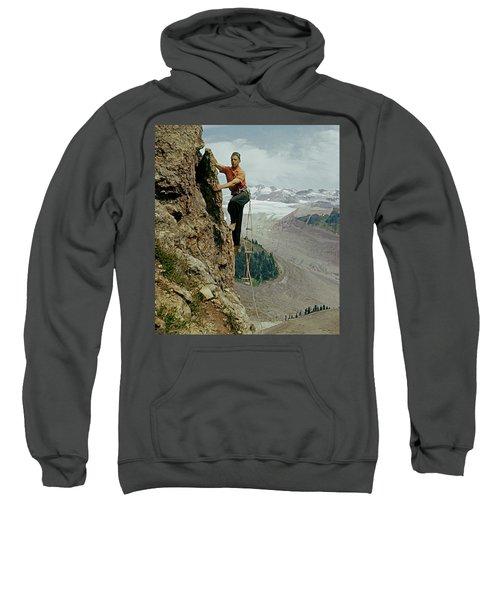 T-902901 Fred Beckey Climbing Sweatshirt