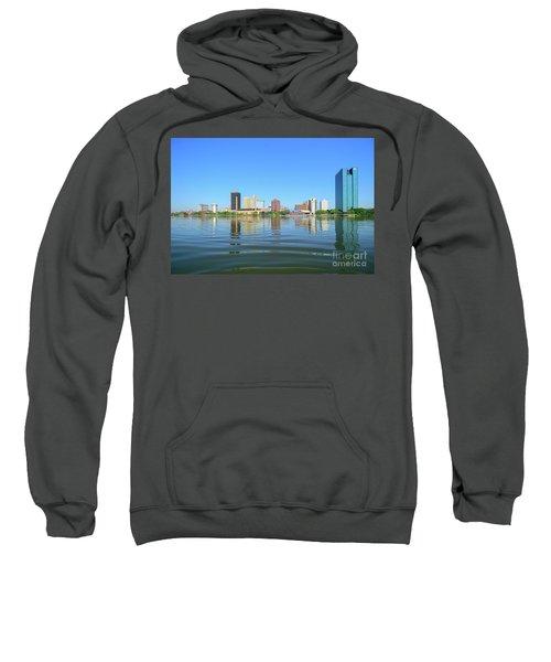 D12u-673 Toledo Ohio Skyline Photo Sweatshirt
