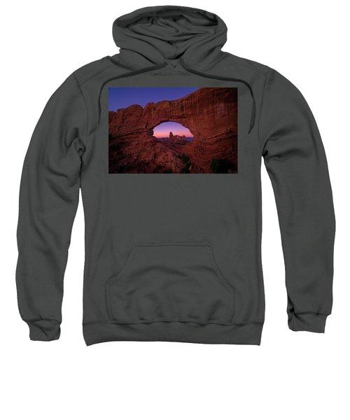 Turret Arche  Sweatshirt