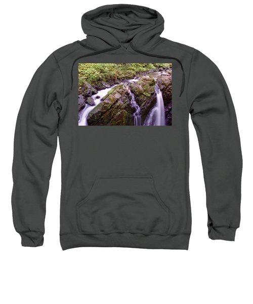 Waterstreaming Sweatshirt