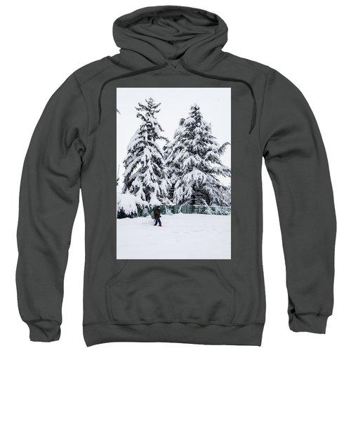 Winter Trekking Sweatshirt