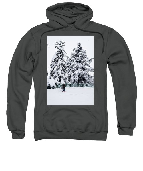 Winter Trekking Sweatshirt