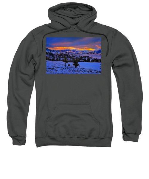 Yellowstone Winter Morning Sweatshirt