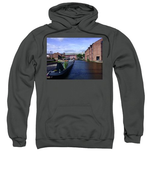 13/09/18  Manchester. Castlefields. The Bridgewater Canal. Sweatshirt