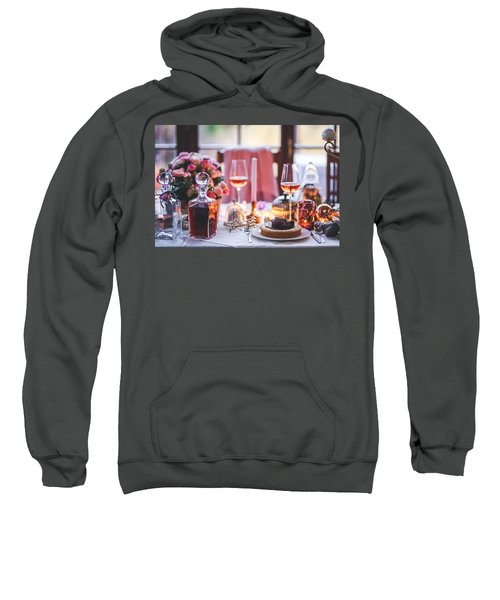 Elegant Tablewear Sweatshirt