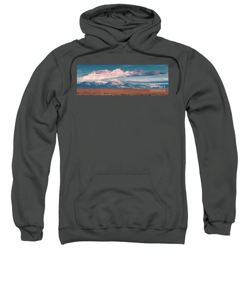 Panorama Of Sangre De Cristo Mountains Mount Wheeler Taos Mountain - New Mexico Land Of Enchantment Sweatshirt