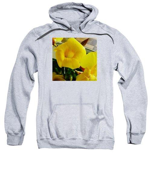 Canario Flower Sweatshirt