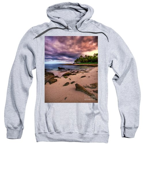 Iluminated Beach Sweatshirt