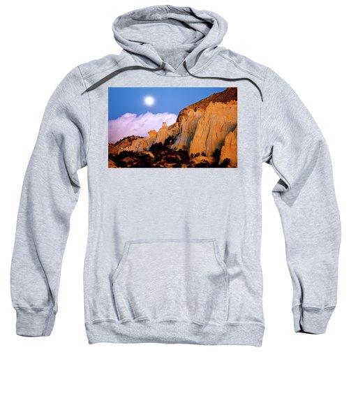 Moonrise Over The Kaiparowits Plateau Utah Sweatshirt