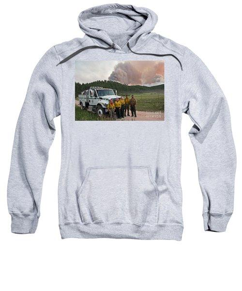 Umpqua Engine 25 On Myrtle Fire Sweatshirt