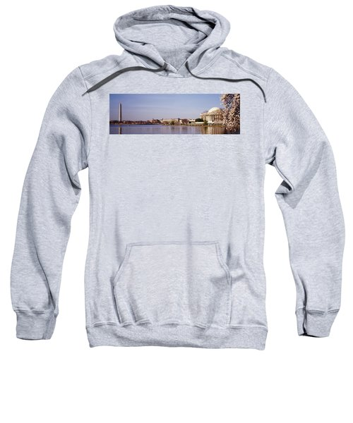 Usa, Washington Dc, Washington Monument Sweatshirt by Panoramic Images