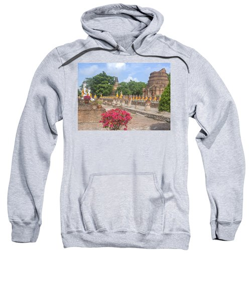 Wat Phra Chao Phya-thai Buddha Images And Ruined Chedi Dtha004 Sweatshirt