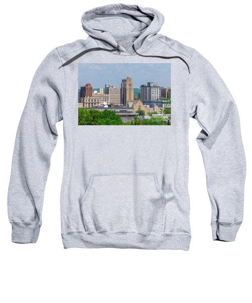 D39u-2 Youngstown Ohio Skyline Photo Sweatshirt