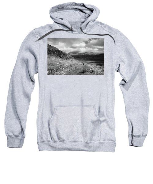 Maumeen Trail Sweatshirt