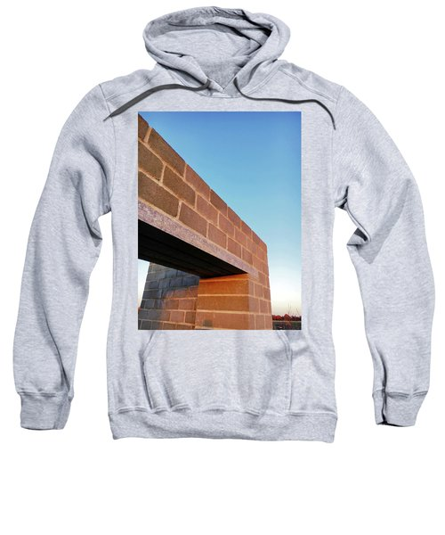 Stone Wall Detail Sweatshirt