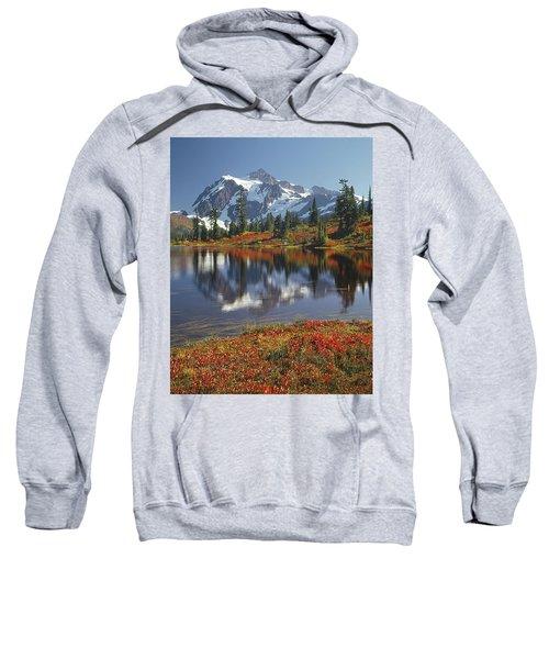 1m4208 Mt. Shuksan And Picture Lake Sweatshirt