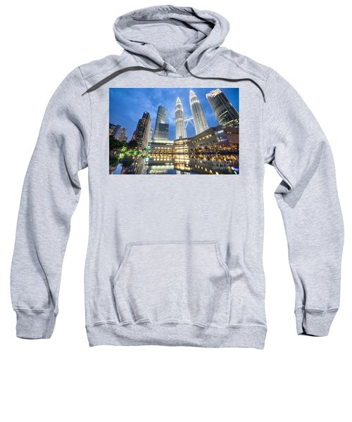 Kuala Lumpur Petronas Towers Sweatshirt