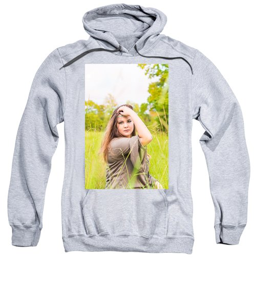 5669 Sweatshirt