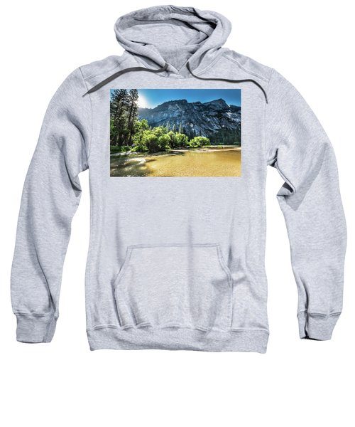 Eve Approaches- Sweatshirt