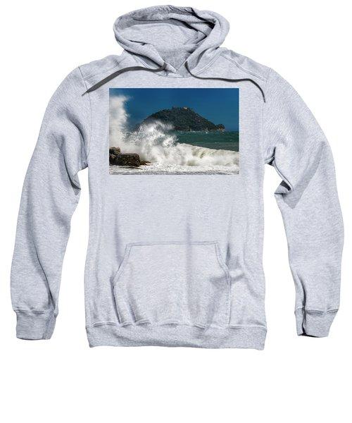 Gallinara Island Seastorm - Mareggiata All'isola Gallinara Sweatshirt