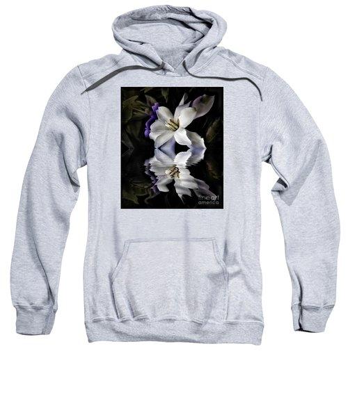 Gardenia Sweatshirt