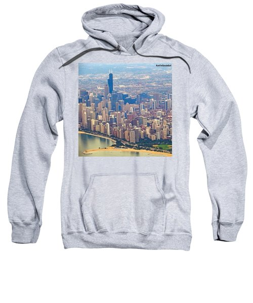 Going In For A Landing At #chicago Sweatshirt