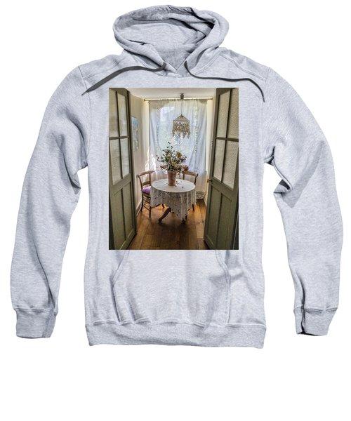 Lacy Alcove Sweatshirt