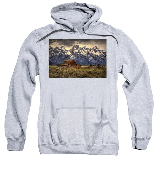 Moulton Barn Sweatshirt