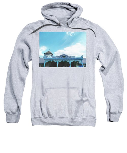Solo Traditional Building Sweatshirt