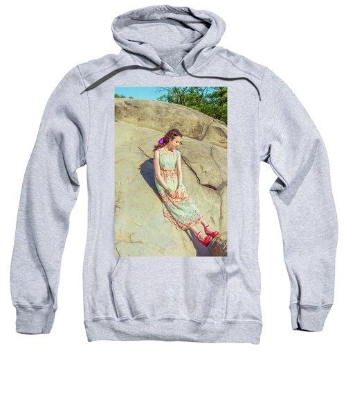 Young American Woman Summer Fashion In New York Sweatshirt