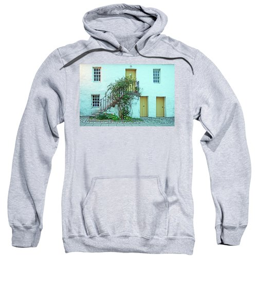 Dunkeld. The Cathedral Square. Sweatshirt